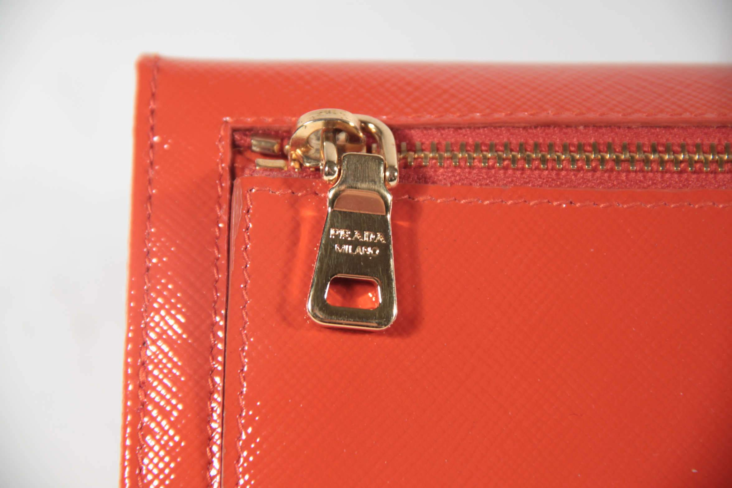 5d8b34ecaab5 Hardware on authentic bags is marked with the word Prada very cleanly ( counterfeit hardware is quite visible