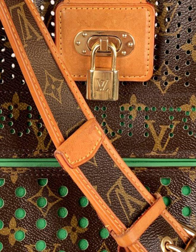 Louis Vuitton Date Code Reader