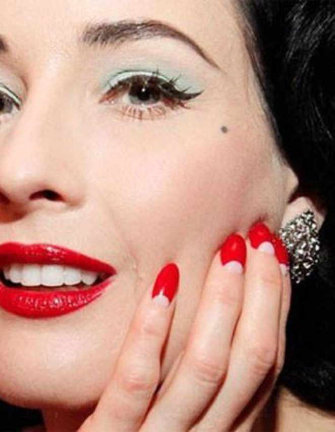 Vintage Series: How to create the perfect 40's manicure moon!